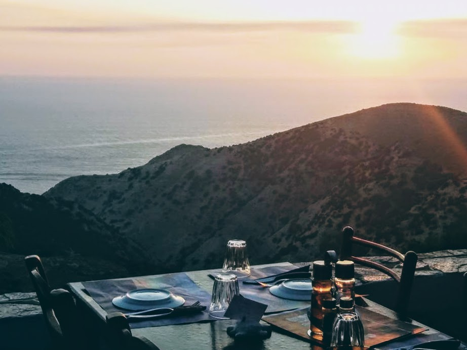 Sifnos: amazing sunset dining at Troullaki