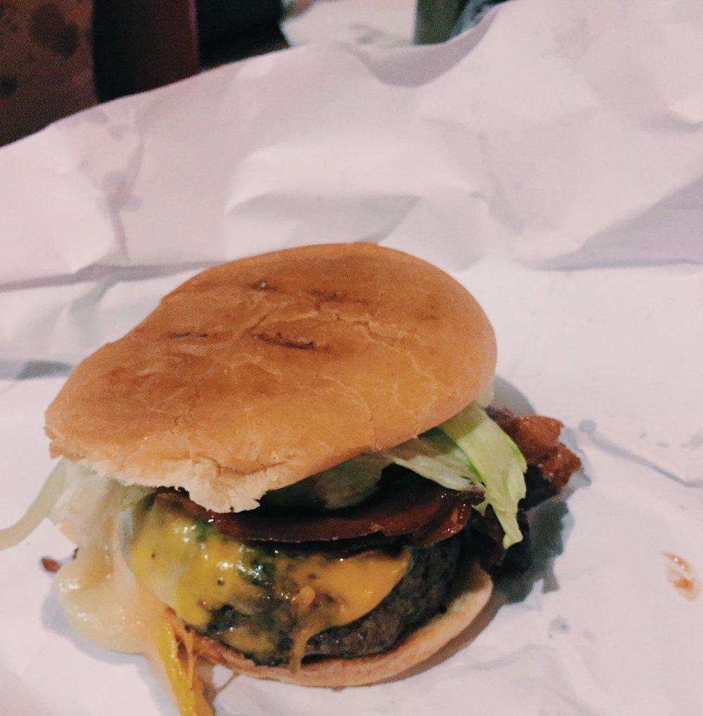 BurgerJointatLeParkerMeridien2CNewYork-2.jpg