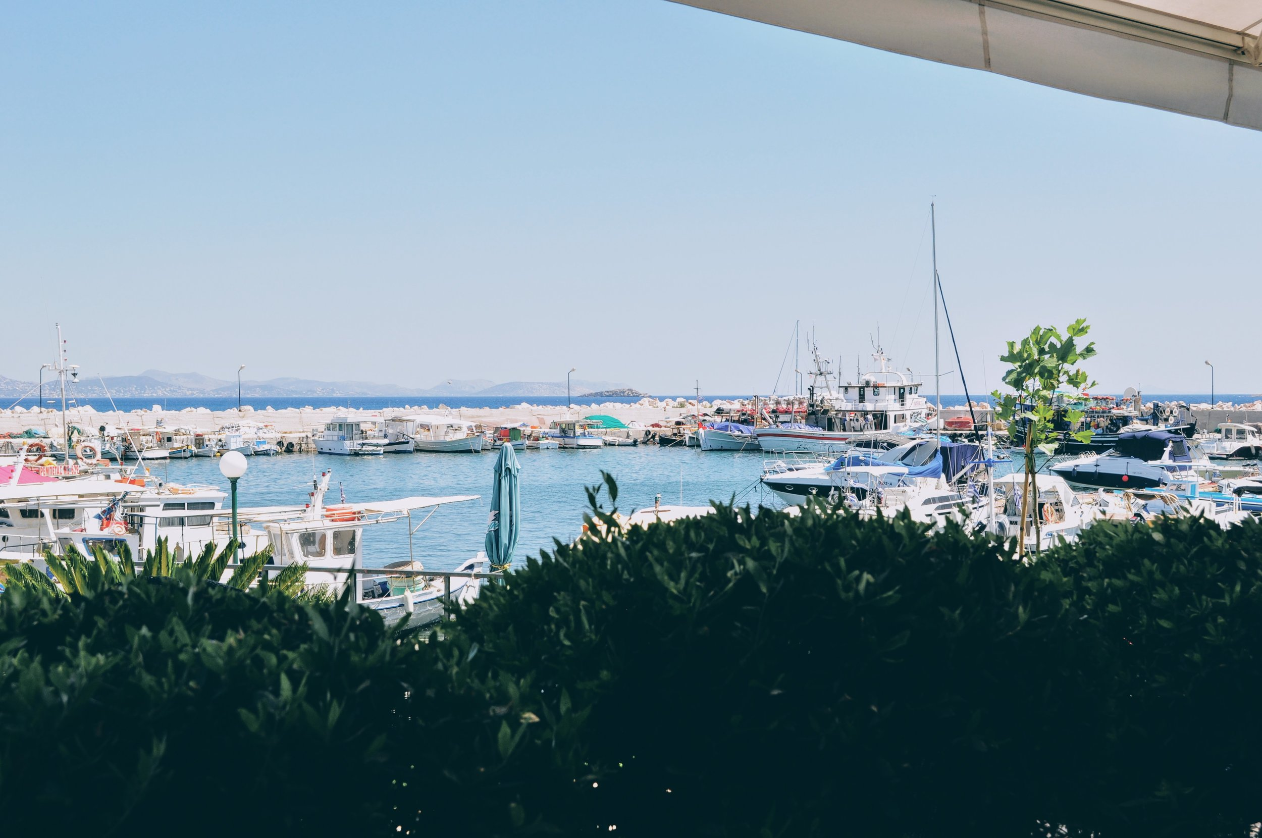 Athens: seaside treats at Kastelorizo restaurant in Varkiza