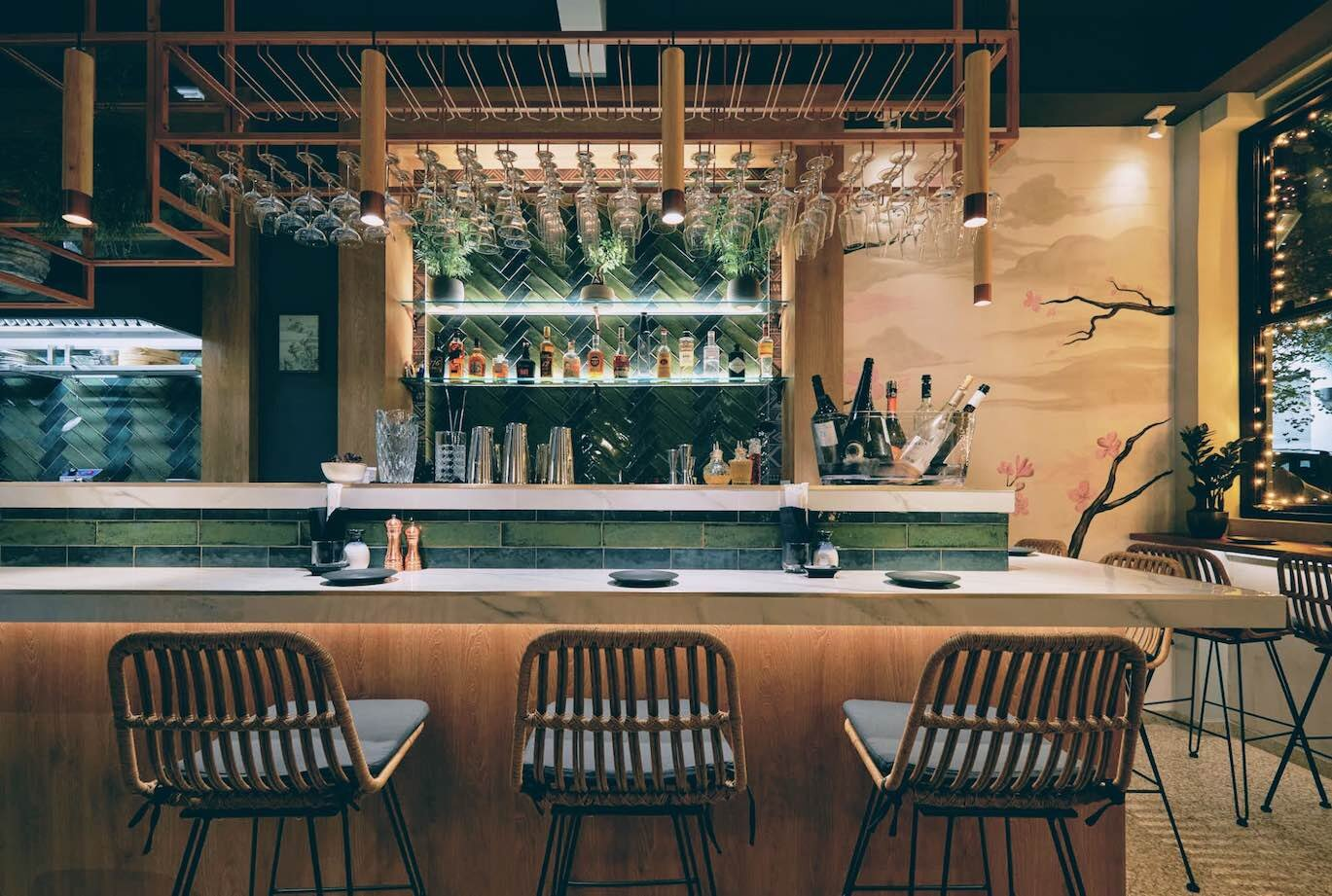 Athens: delicious Nikkei-inspired food bites at Huaca
