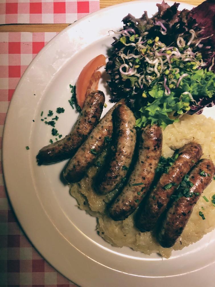 Hamburg: traditional brew and sausages at Gröninger beerhouse