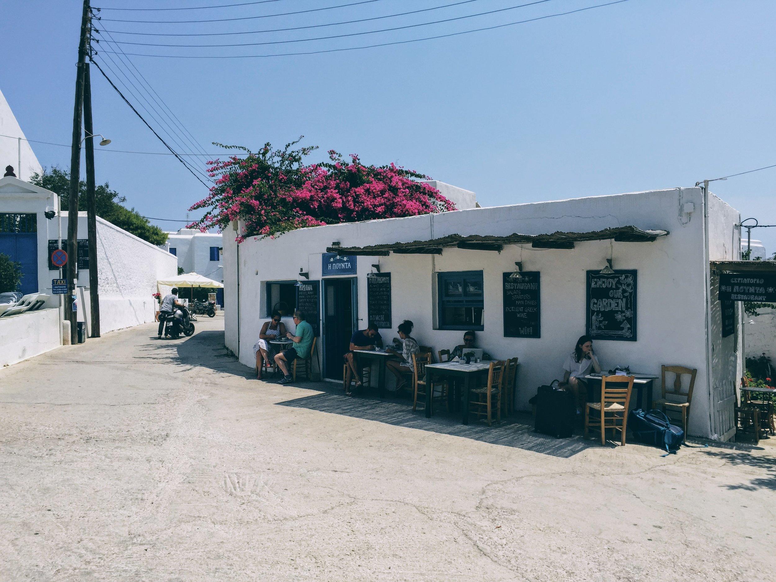 Folegandros: most delicious breakfast at Pounta