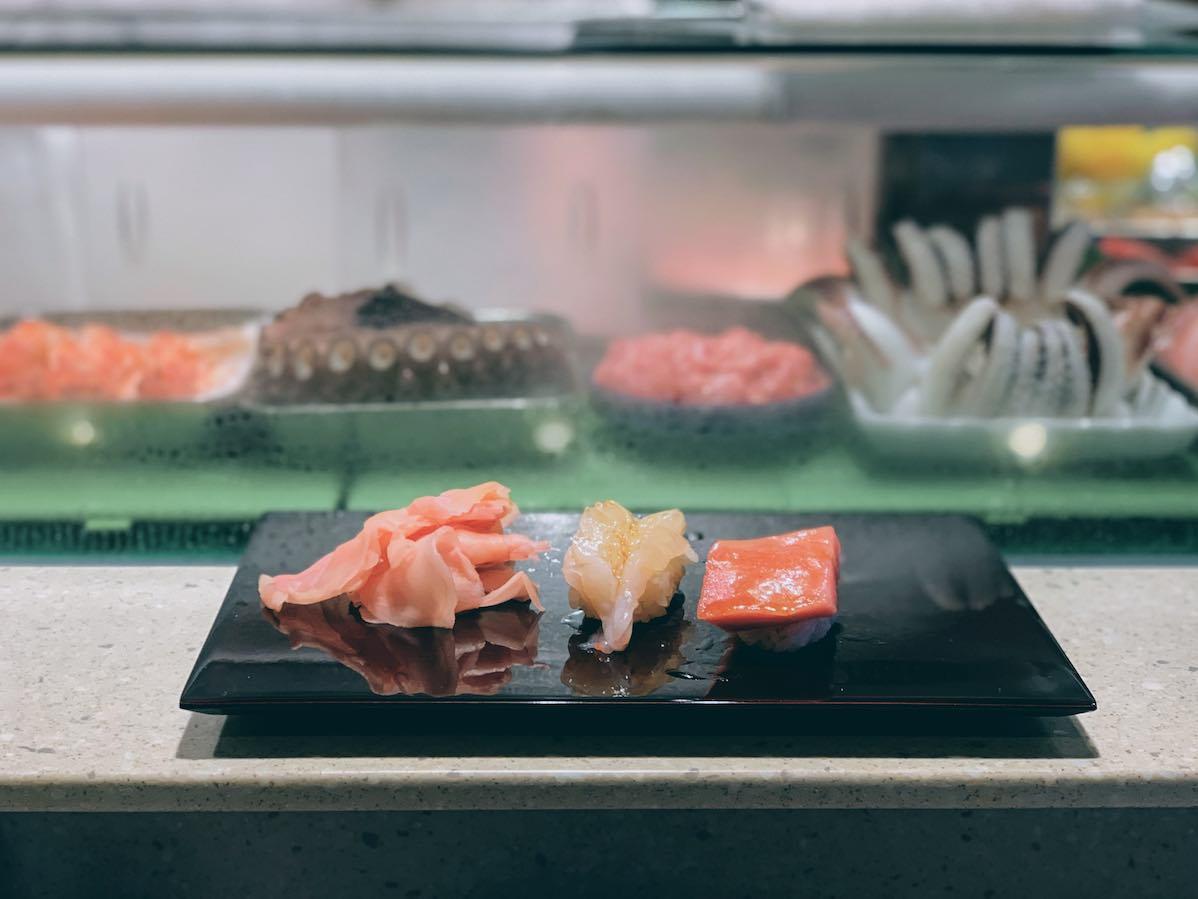 Tokyo: fresh sushi from Toyosu Market at Daiwa Sushi