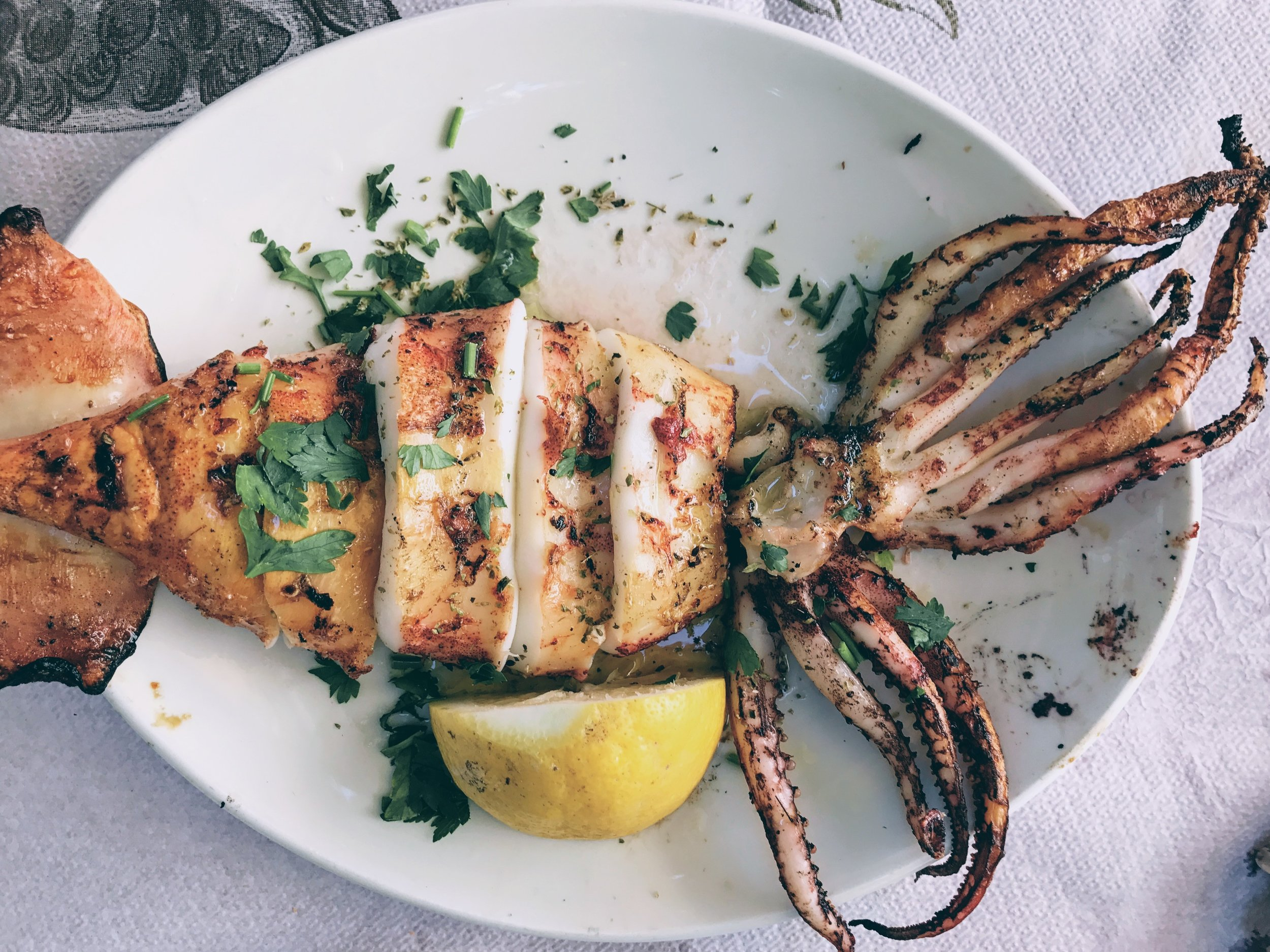 Athens: Greek traditional seafood in Lavrio's To steki tou Mina
