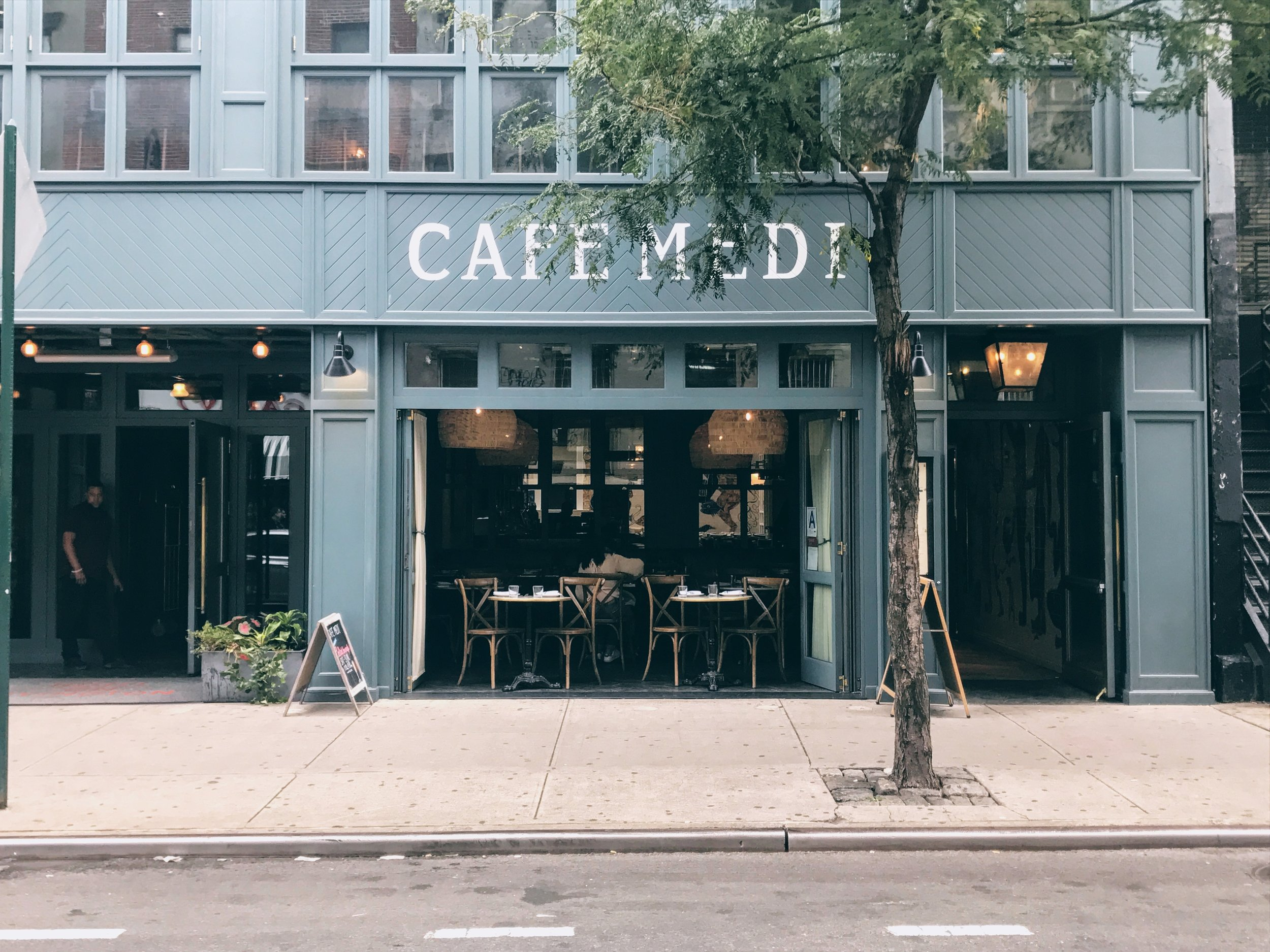 New York: Art, Mediterranean food and good vibes at Café Medi