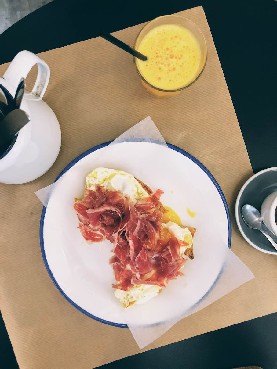 Barcelona: all-day brunch at Auto Rosellon