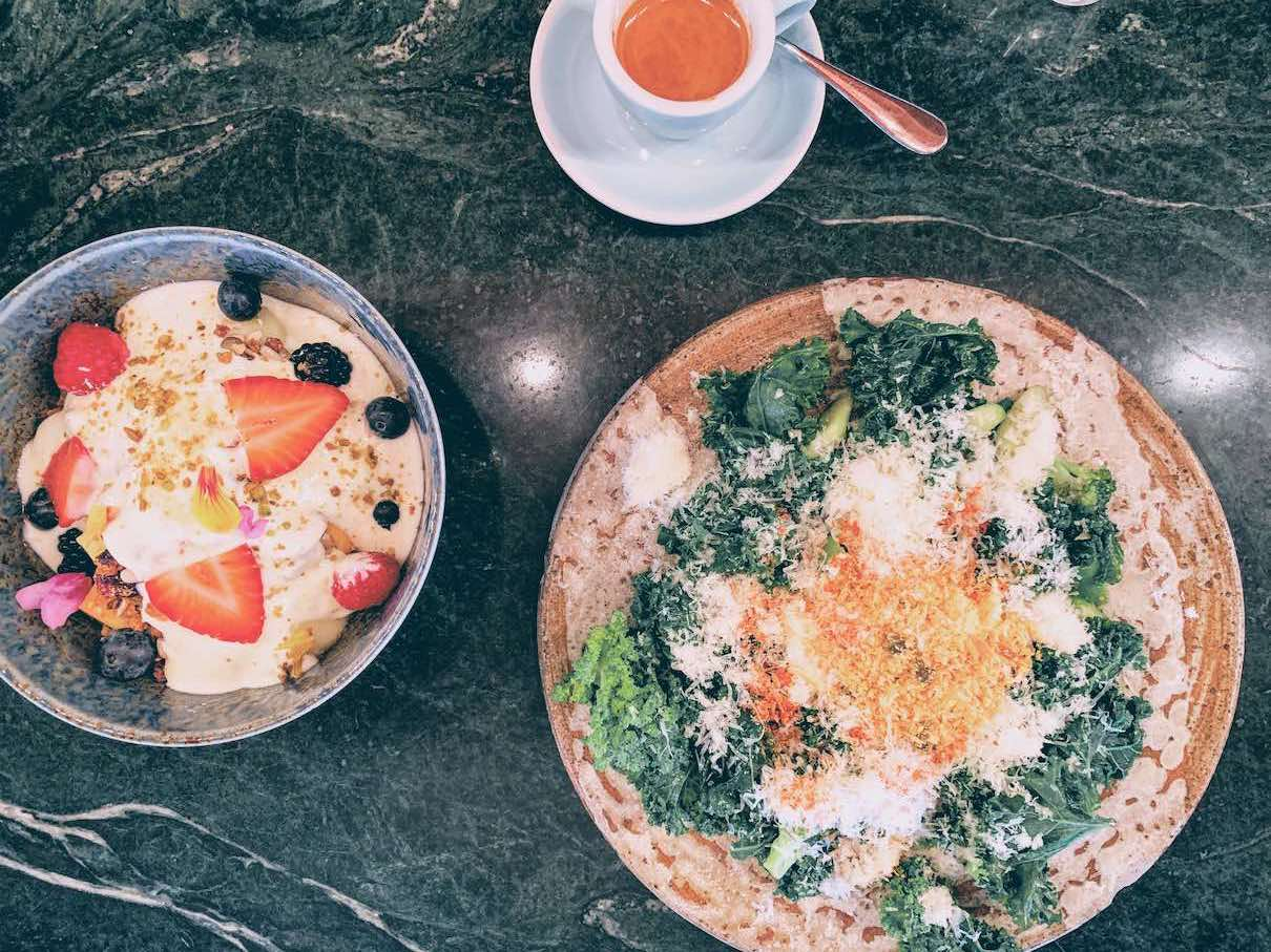 Singapore: top notch coffee and breakfast at Common Man Coffee Roasters