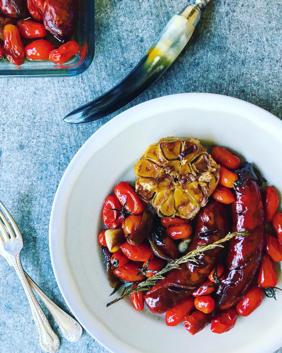 Recipe: Oven-roasted sausages with cherry tomatoes and Sherry