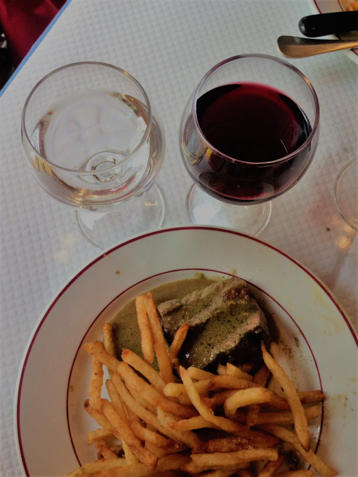 Paris: Le relais de l'entrecote - missing out would be a misteak