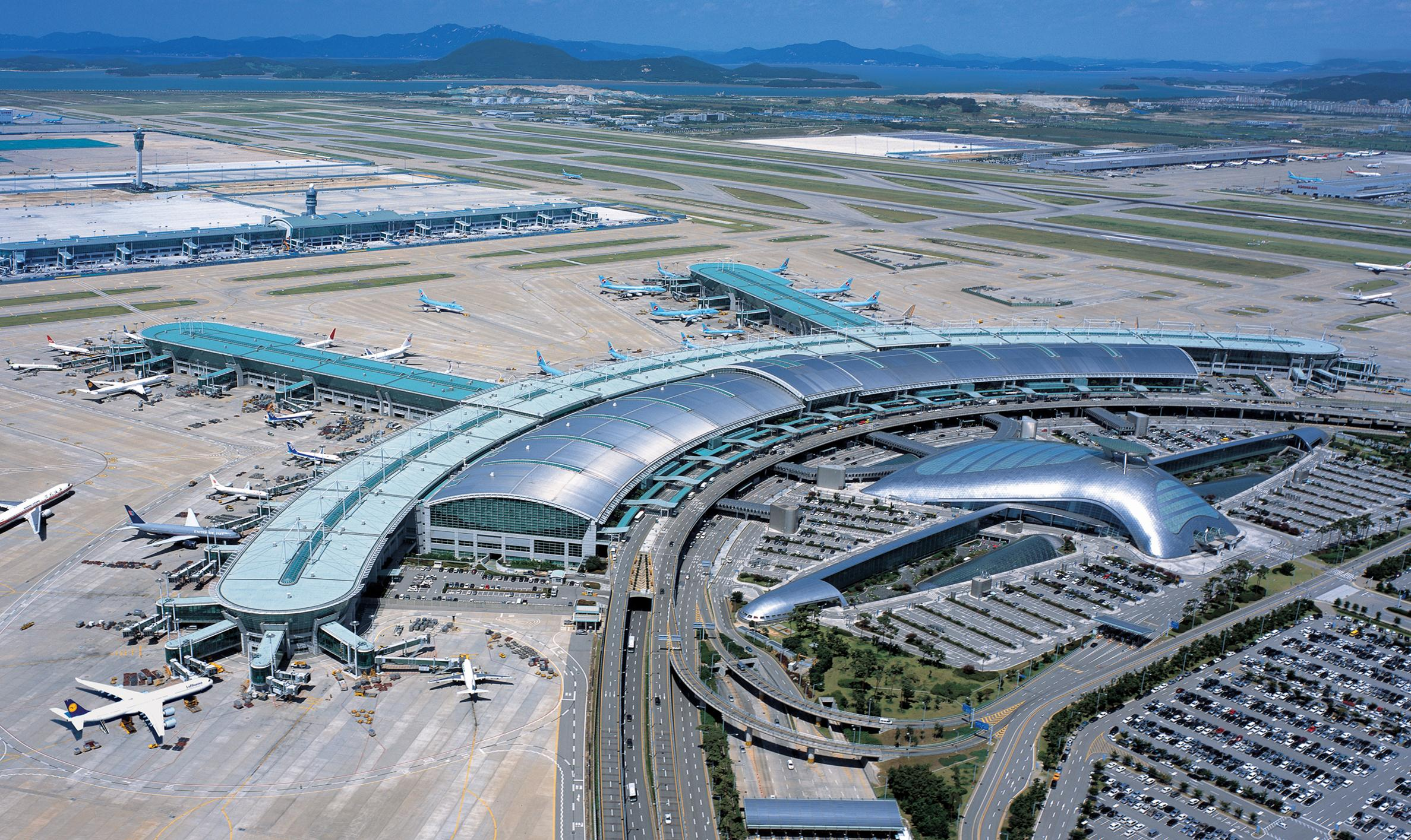 World's Top 5 Airports for Foodies
