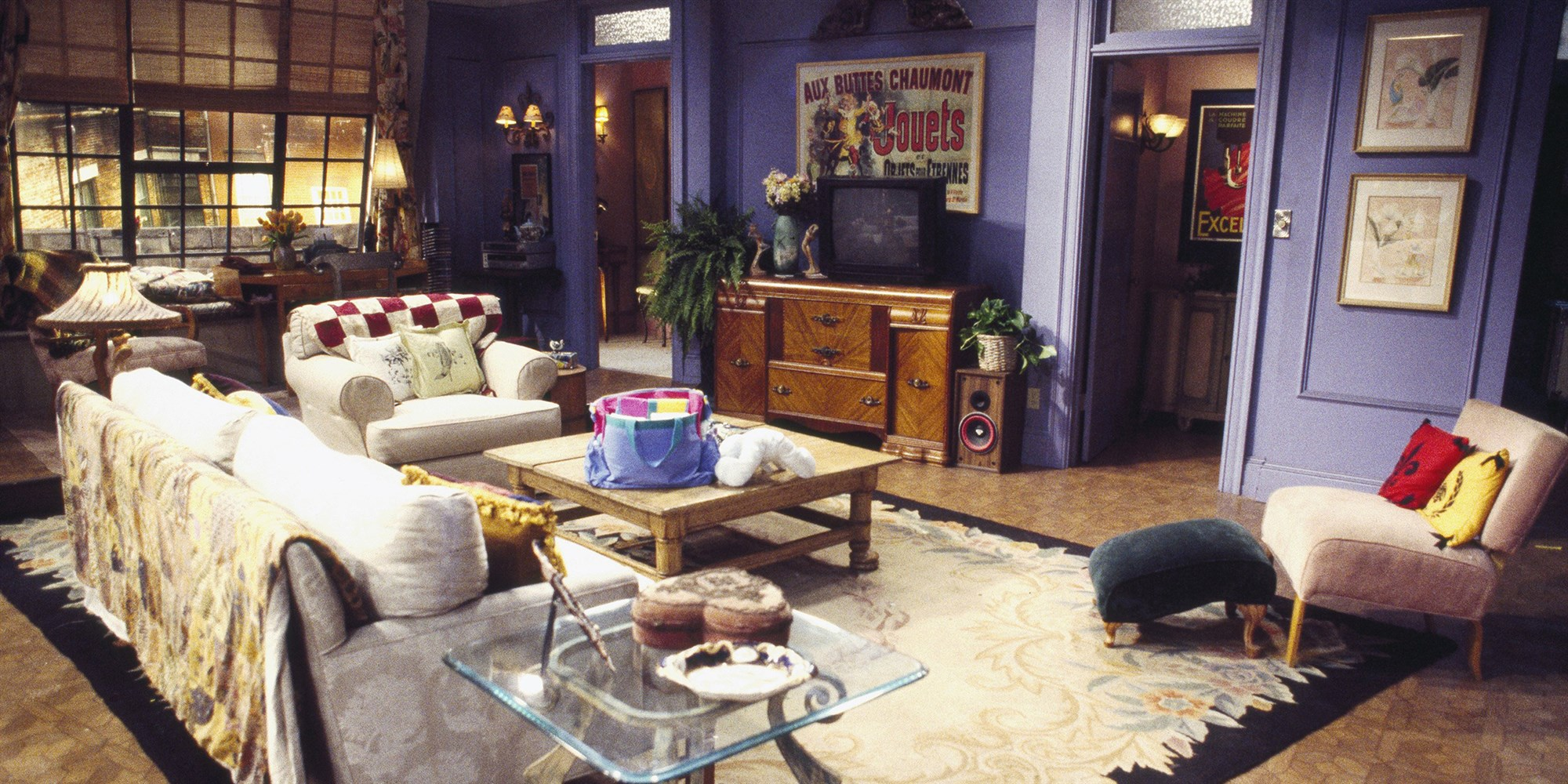 News:  'Friends' Fans Can Visit Rachel and Monica's Apartment in NYC This Fall