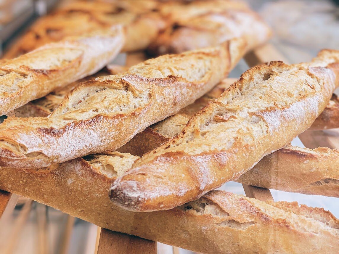 Athens: elegantly freshly-baked bread and more at Tromero Pedi