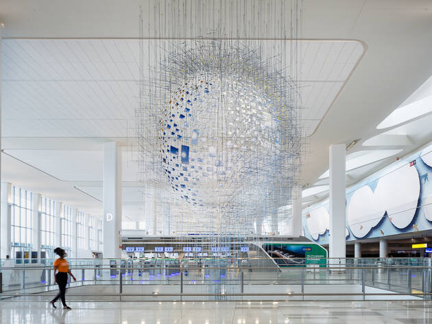 News: La Guardia airport in NYC opens up to the public and to art