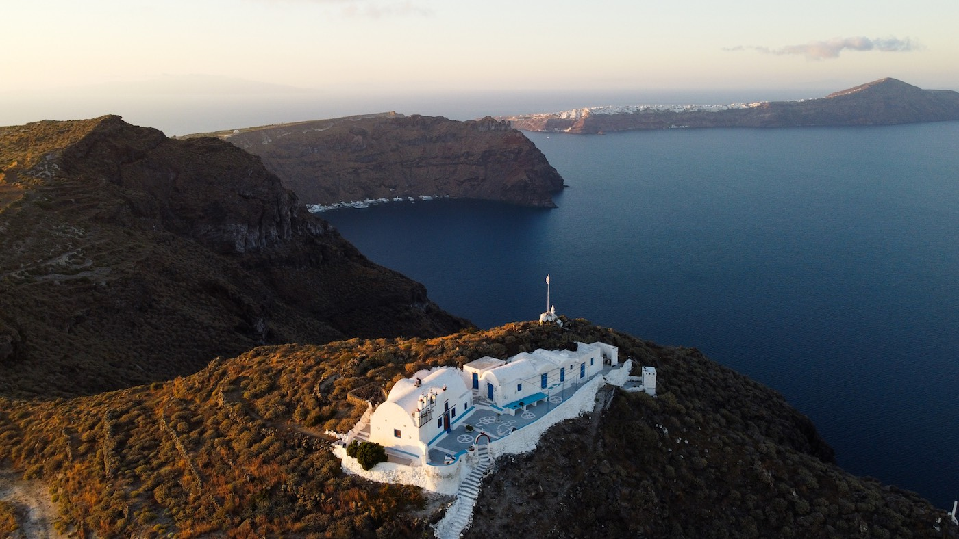 Photojournal: from dusk till dawn around the majestic nature of the Cyclades