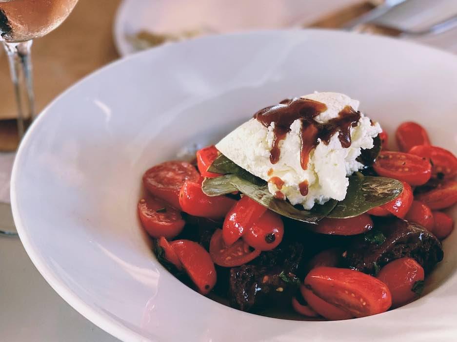 Siparos, Paros - Travel Food People
