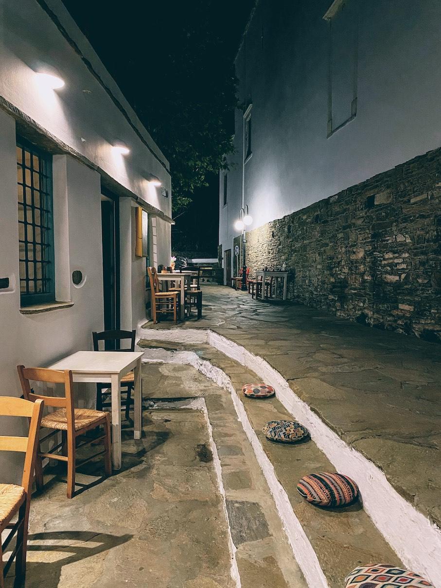 Svoura, Tinos - Travel Food People