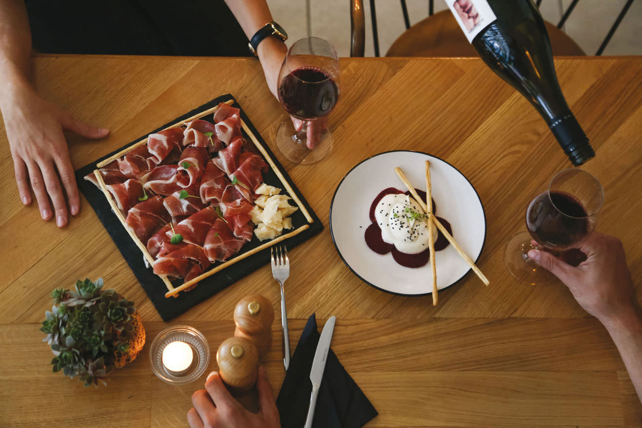 AA (2 hours): [Athens] Greek wine and meze tasting