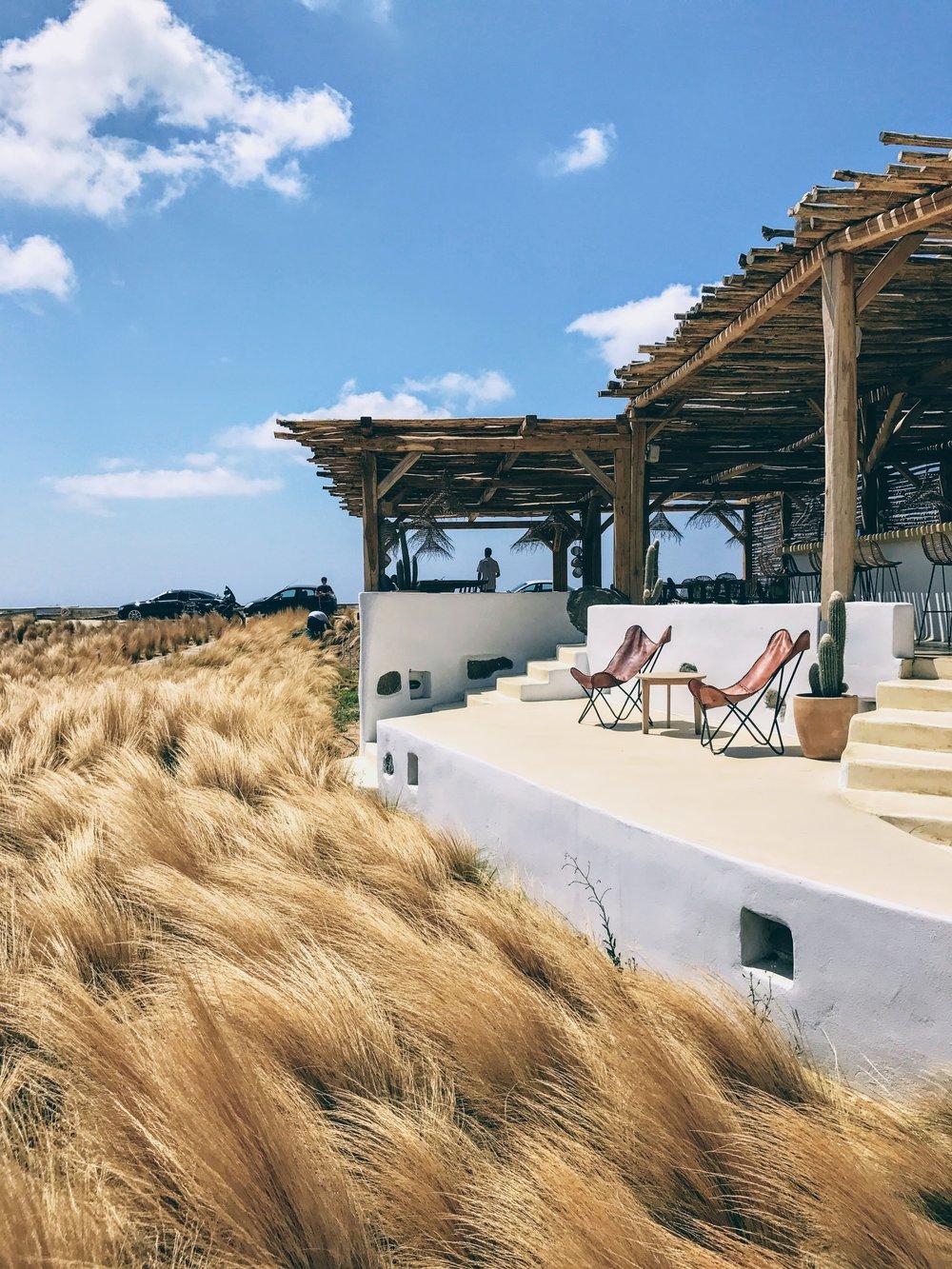 Travel Food People - Tortuga Beach bar, Naxos