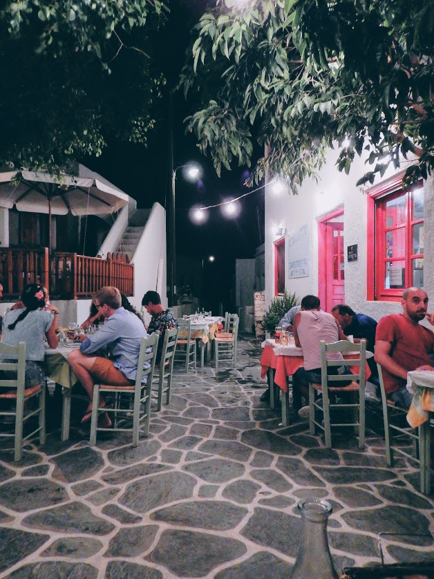 Travel Food People - To Spitiko, Folegandros