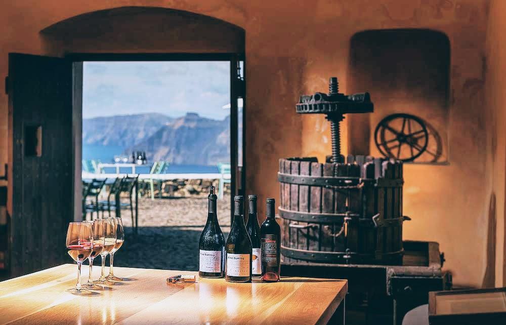 Private tour - Honeymoon special treat in Santorini