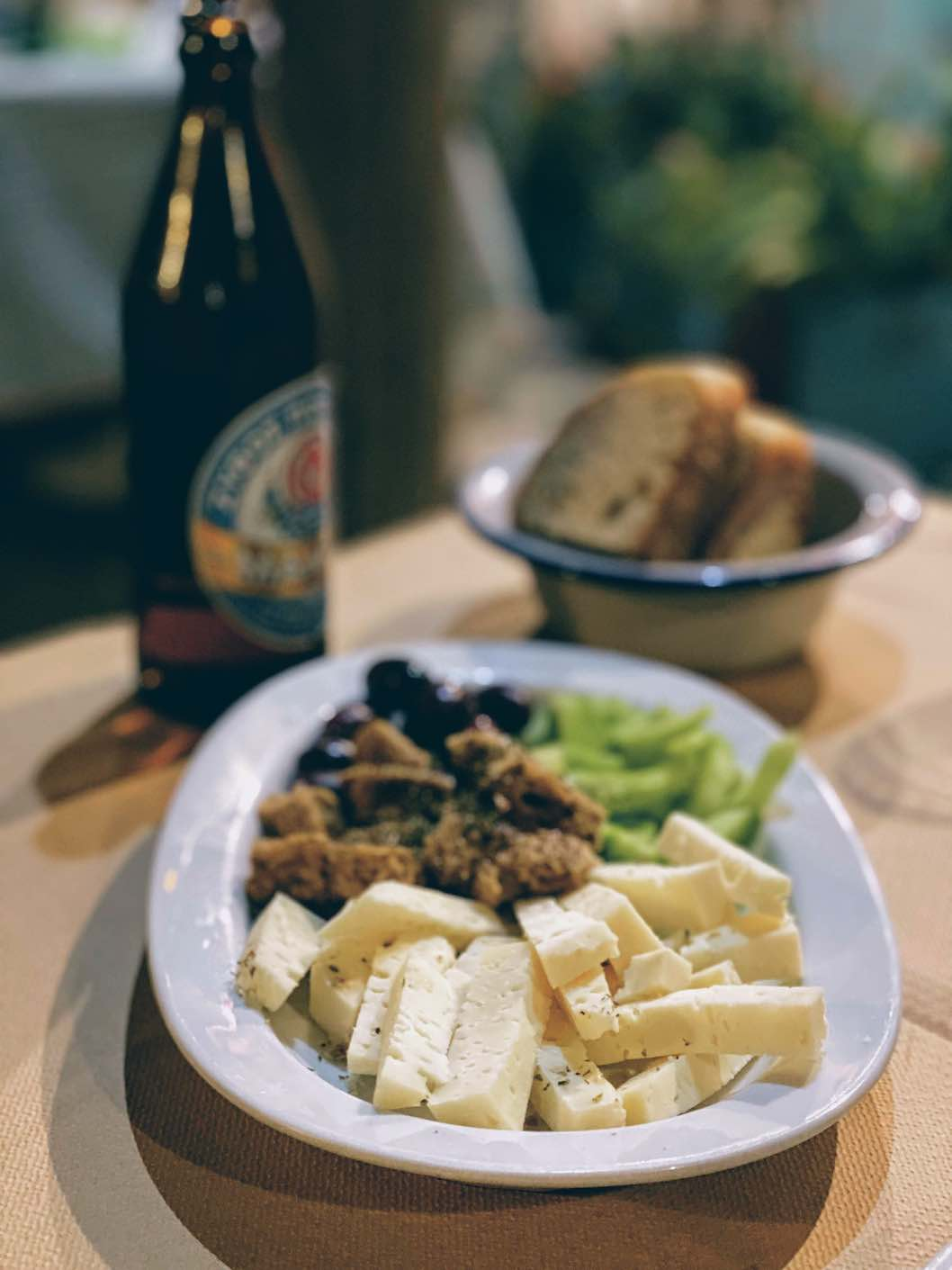 Travel Food People - Bizeli, Schinoussa