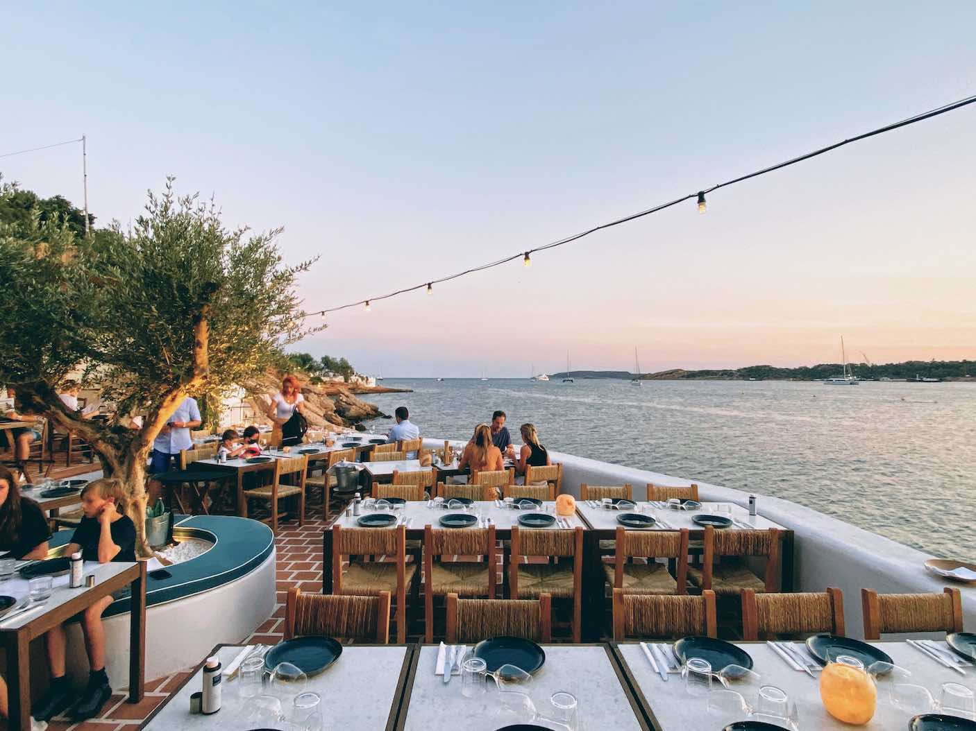 Athens: delicious seaside bites at the revamped Akti